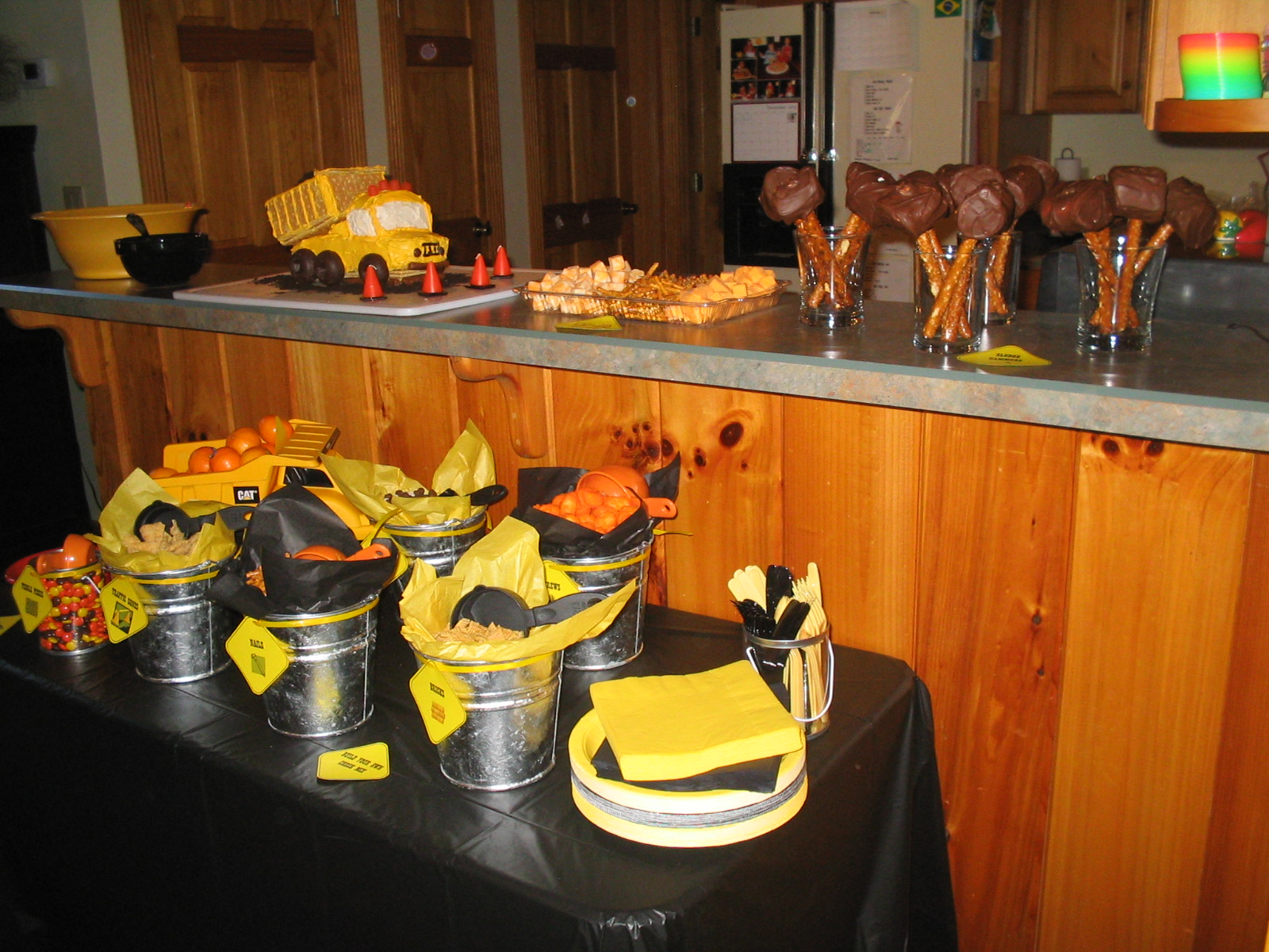 A construction themed party half a hundred acre wood for Construction cuisine
