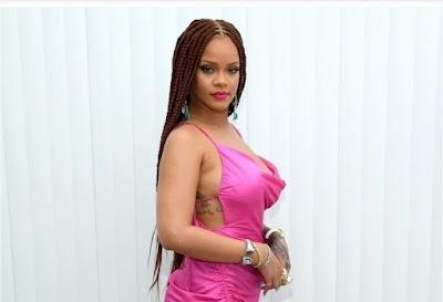 Rihanna Used Curvy Mannequins at her Fenty Pop-up