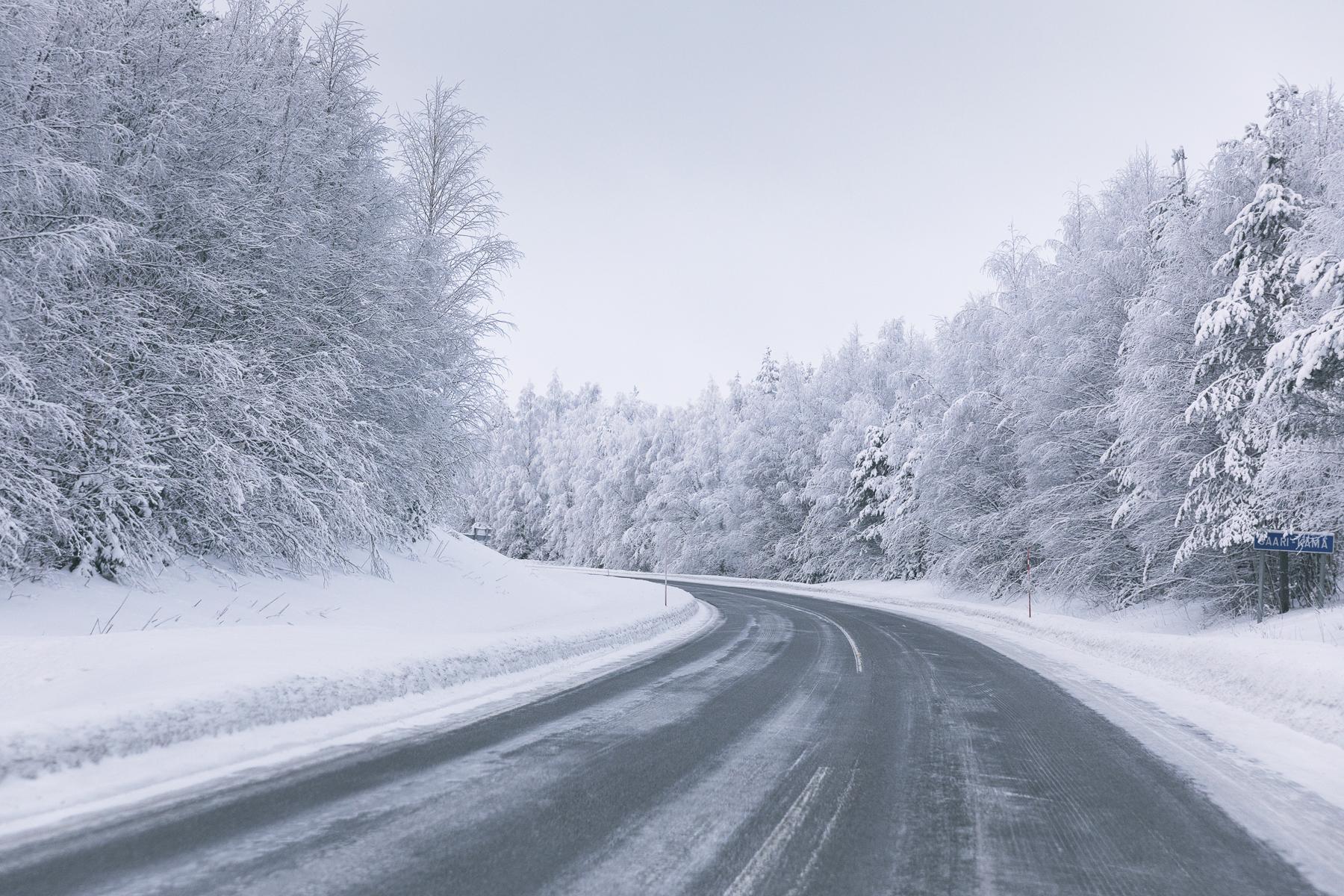 Rovaniemi, Visitfinland, Lapland, Lappi, visitlapland, loma, kotimaa, matkailu, kotimaan matkailu, matkustus, valokuvaaja, photographer, Frida Steiner, Visualaddictfrida, blogi, Visualaddict, luonto, tie, nature road