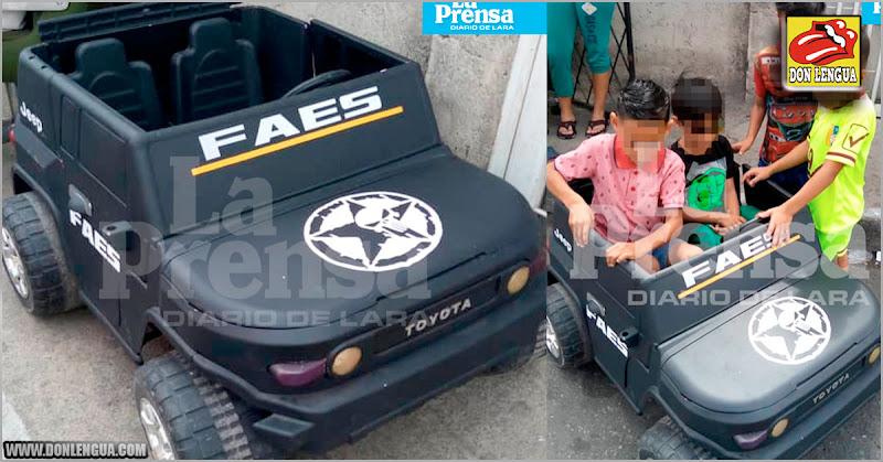 Niños reciben como regalo de navidad un carro de juguete de los asesinos del FAES