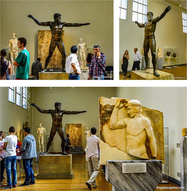 Estátua de Zeus no Museu Nacional de Arqueologia de Atenas, Grécia