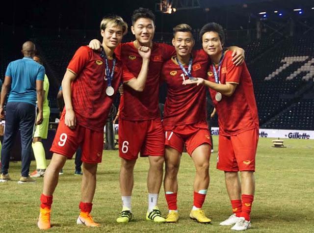 """Bảng xếp hạng FIFA tháng 6: Việt Nam bay cao vượt 2 """"ông lớn"""" Á & Âu"""
