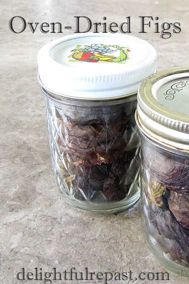 Oven-Dried Figs - How to Dry Fruit in Your Conventional Oven / www.delightfulrepast.com