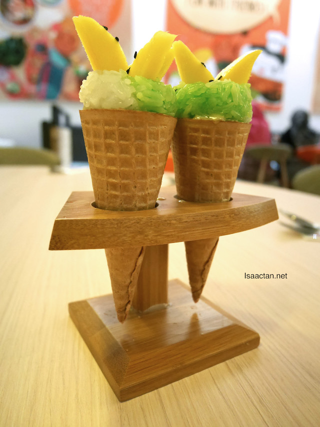 Mango Sticky Rice With Ice Cream - RM16.90