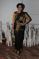 Sonam Kapoor Soha Ali Khan Konkona Sharma at Raw Mango store launch March 2017 037.JPG
