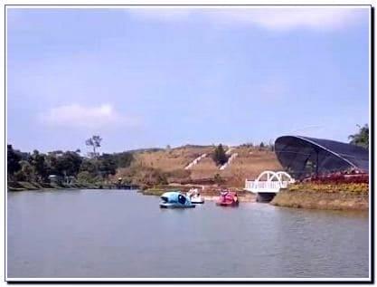 Foto Taman Lembah Dewata Lembang