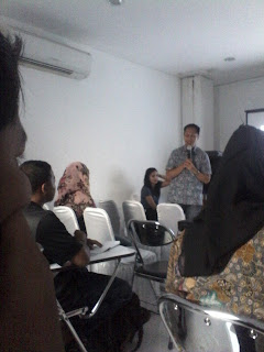 "Workshop ""Digital Marketing"" #Ngabuburit Erafone"