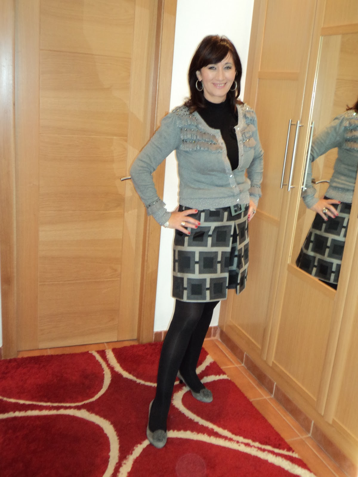fabulous dressed blogger woman Maria from Spain