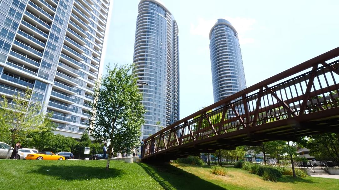 23 Interior Design Photos vs. 135 Village Green Square #3817, Toronto, ON Luxury Condo Tour