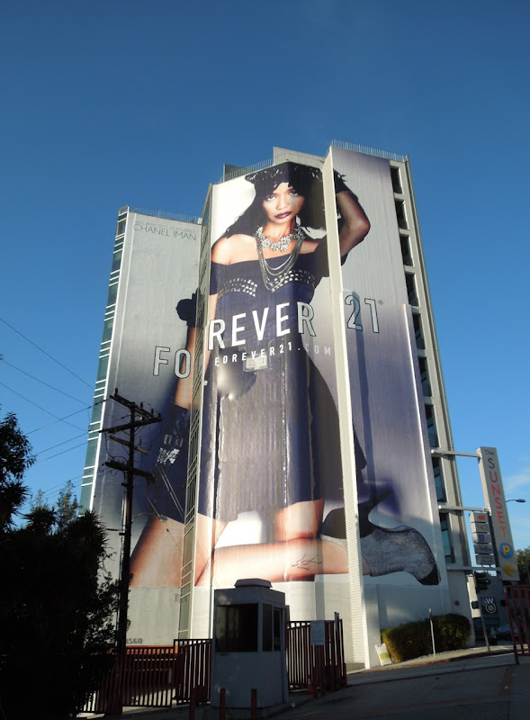 Giant Forever 21 Chanel Iman FW 2012 billboard