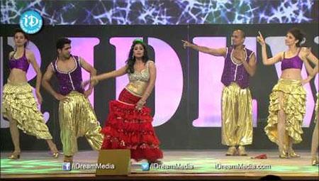 Sridevi Best Hit Songs Dance Show by Shriya Saran