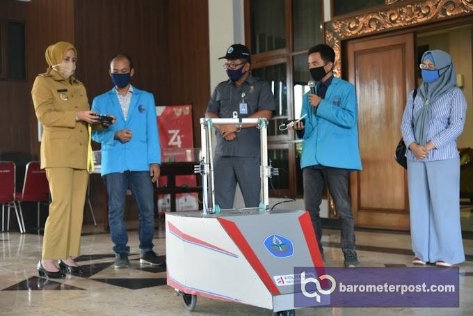Robot Penyemprot Karya Polije Diterima Pemkab Untuk Memutus Mata Rantai Penyebaran Covid -19