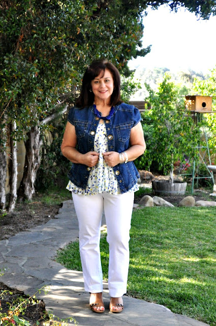 white jeans and peplum top