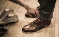 Γιατί δεν πρέπει να φοράτε τα ίδια παπούτσια κάθε μέρα