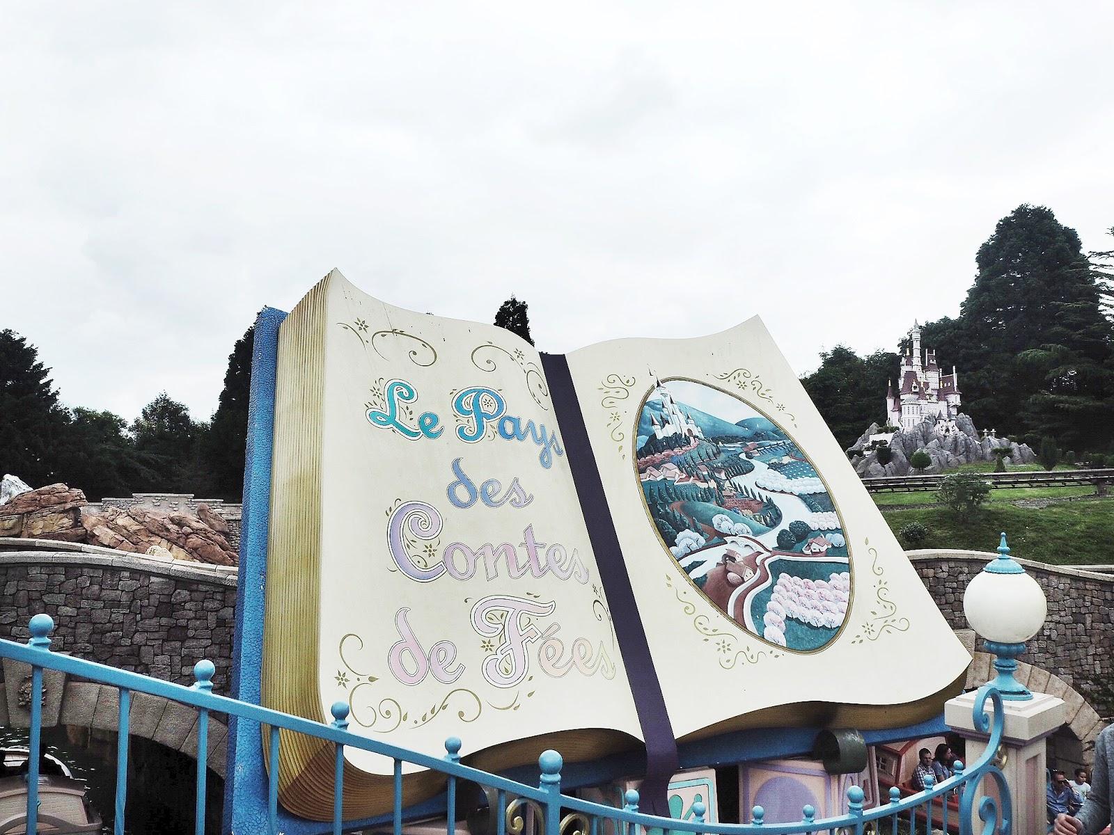 Disneyland Paris Les Pays des Contes de Fees