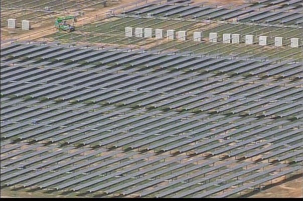 Apple, Apple third farm solar panels, Apple farm solar panels, Apple solar panels, Apple solar farm, new tech, solar farm,