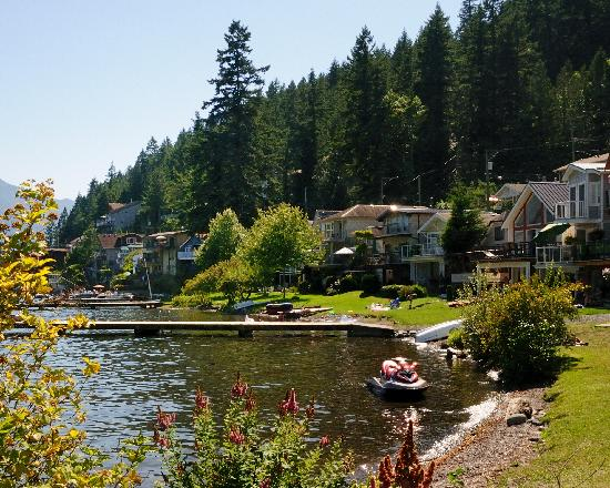 5 Best Warmer Sunniest Places To Live In Canada Retirement Vacations