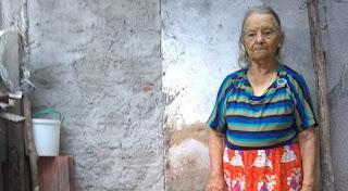 Família comemora 90 anos de Luzia Fidelis, apesar da idade, baraunense continua ativa