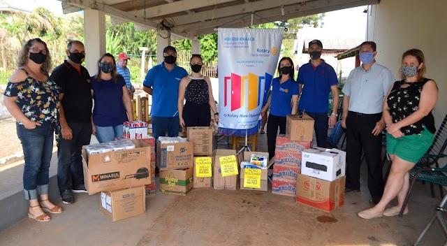 Rotary Club de Roncador faz doações ao Lar dos idosos