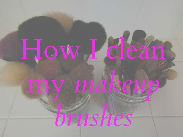 how to clean my makeup brushes with vinegar