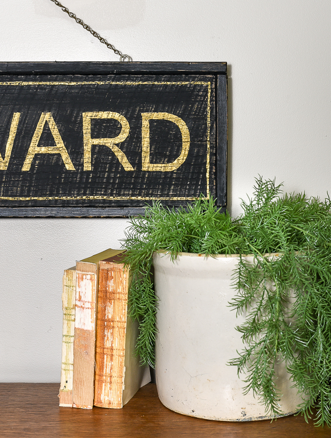 How to make a vintage inspired sign
