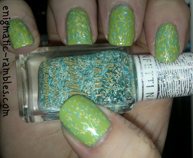 swatch-barry-m-sour-apple-confetti-nail-effect-bar-glitter-feather-enigmatic-rambles