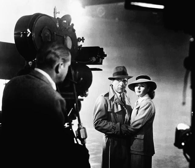 Foto dos bastidores do filme Casablanca, de 1942.