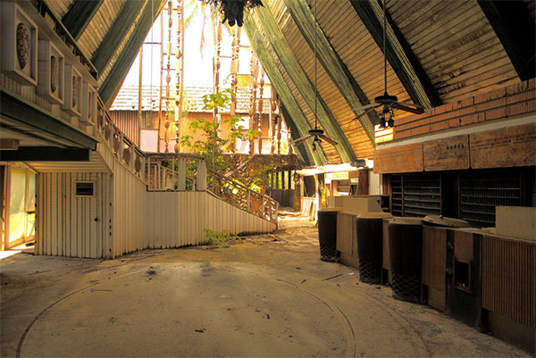 Abandoned ruins of the Cocoa Palms Resort on the island of Kauaii