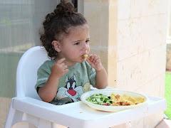 Jadwal Makan Untuk Si Kecil Yang Baru Mulai MPASI