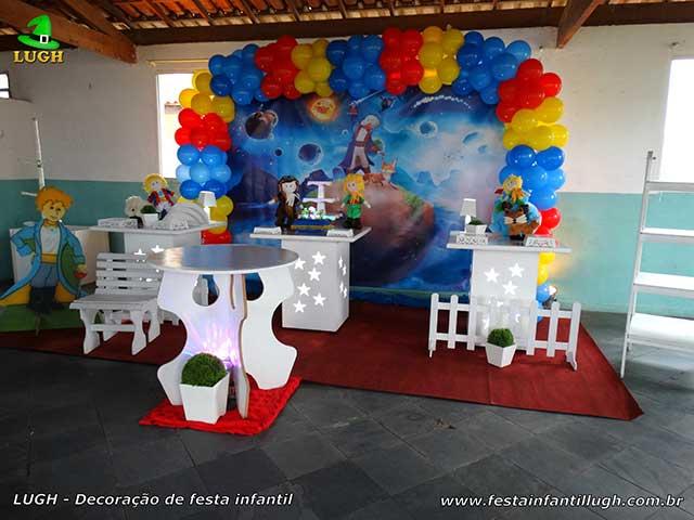 Mesa decorativa para aniversário de 1 ano - Decoração tema Pequeno Príncipe