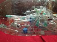 Lixo hospitalar e Lixo Comum: Resolução CONAMA 358/05.