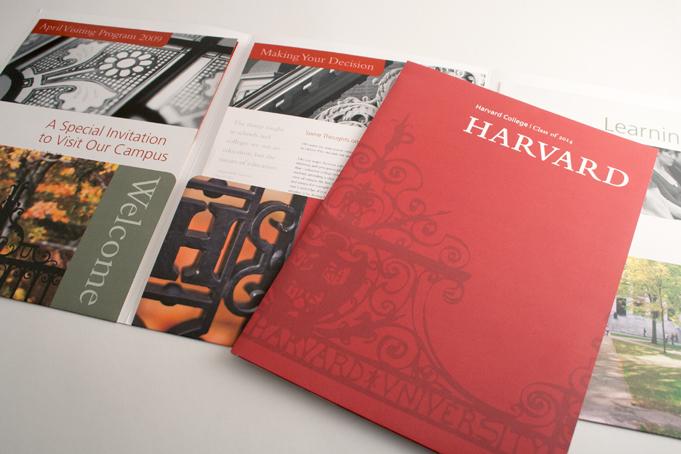 5 lưu ý quan trọng khi lựa chọn in folder, kẹp file giá rẻ Harvard