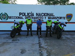 https://www.notasrosas.com/Por conducir  una moto, irrespetando restricciones,  capturado en la vía Riohacha - Paraguachón