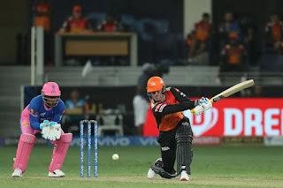 srh-beat-rr-7-wickets