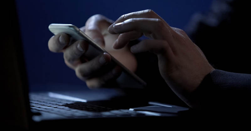7 Best Apps to Hack Girlfriend's Phone to View Text Messages