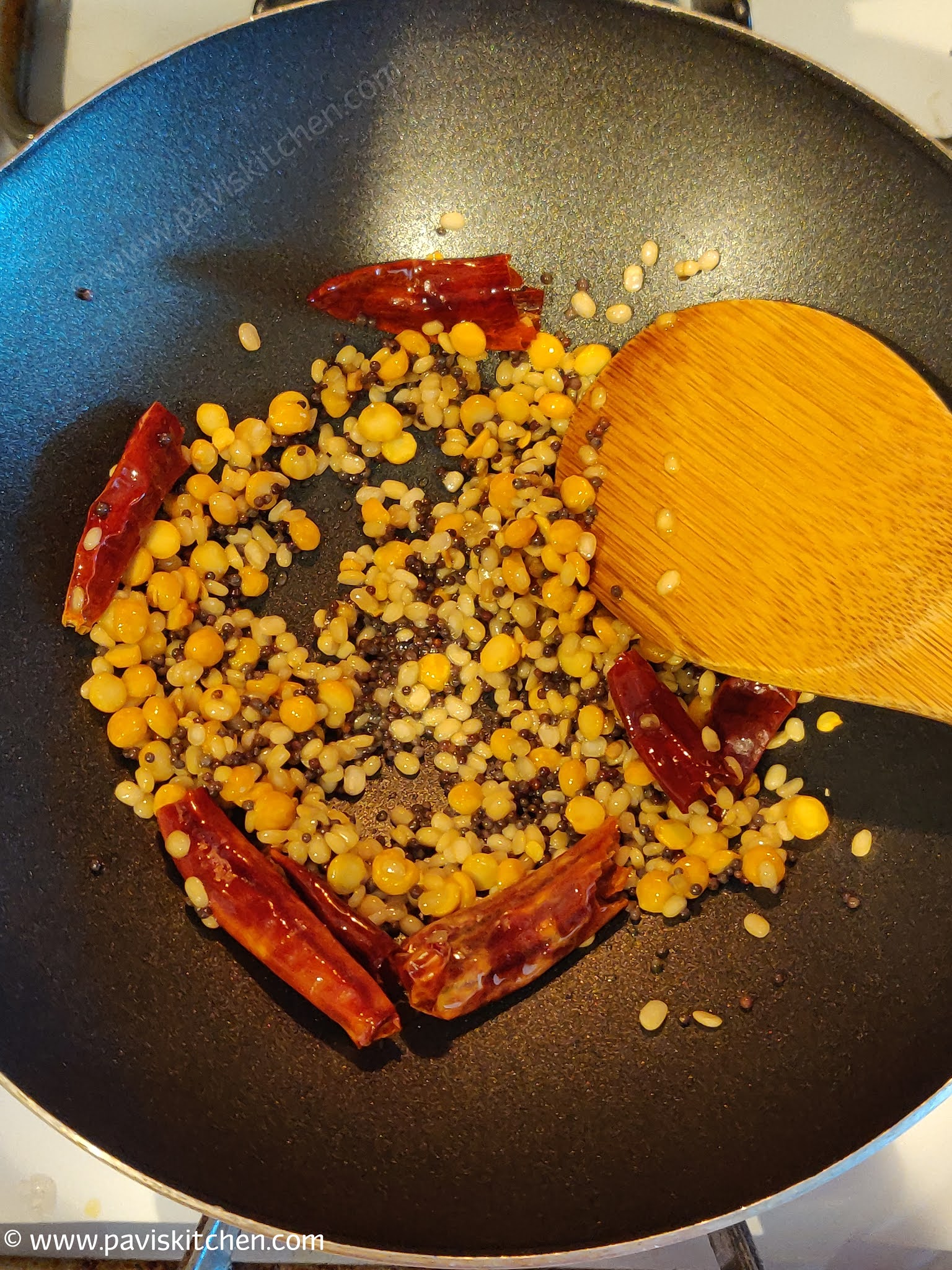 Pineapple gojju recipe | pineapple sasive | Ananas menaskai sasive