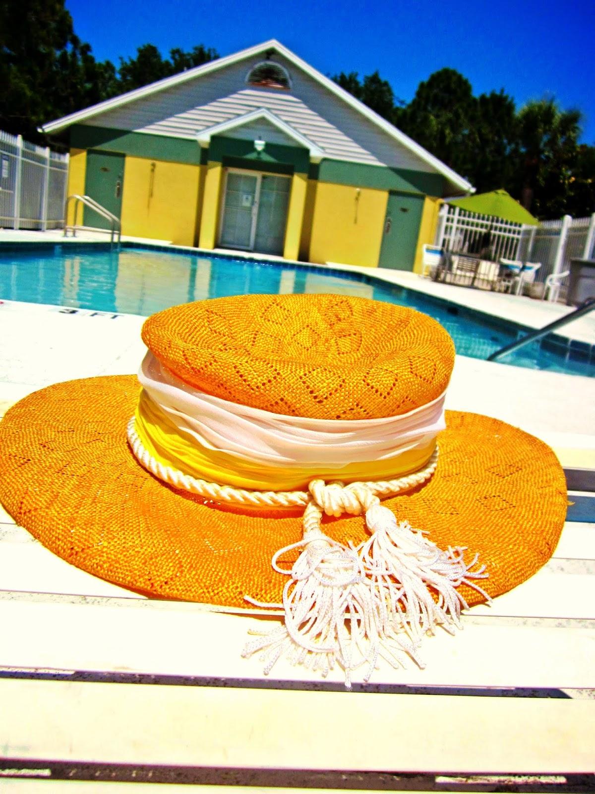 Vintage Summer Straw Hat, Yellow Vintage Straw Hat, 1970s Vintage Straw Hat, Yellow Poolhouse
