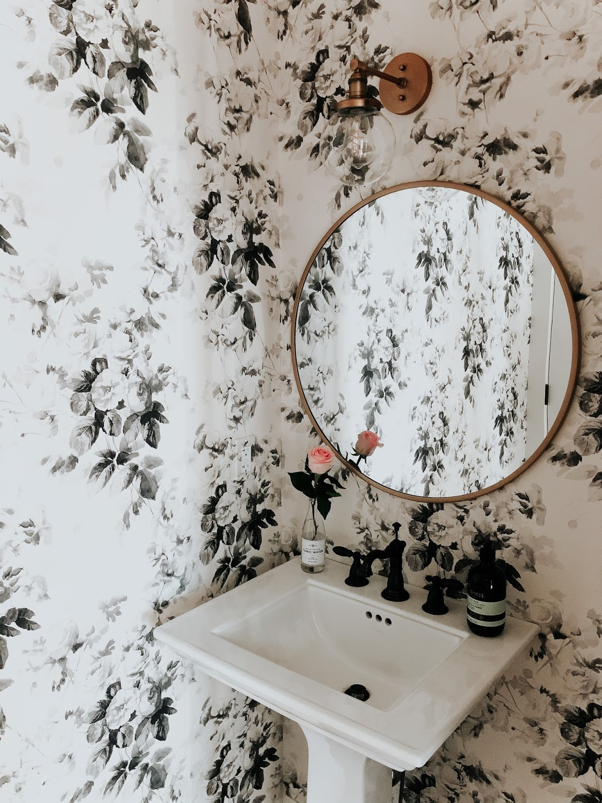 Wendy Correen Smith Powder Room Wallpaper In Smoky Rose From Anthropologie