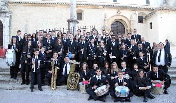 La Esperanza de La Linea renueva con la Banda del Amor de Córdoba