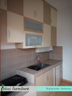 Model kitchenset full plafon