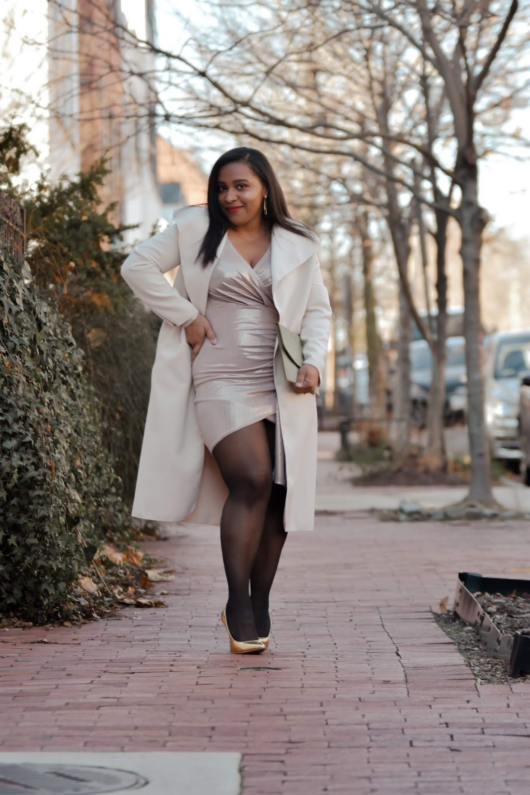 new years eve, nye, new ywars dress, holiday glam, gold shoes, neutral outfits, pattys kloset, stylish moms