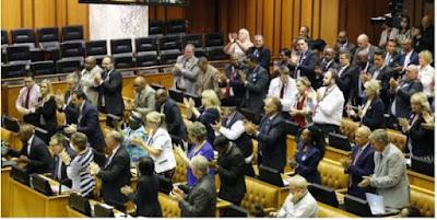 جنوب إفريقيا تواصل معاداة المغرب..نواب في البرلمان طالبوا بعزل المغرب ودعم البوليساريو عسكريا