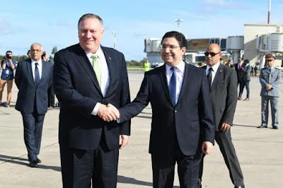 وزير الخارجية الأمريكي يحل بمطار الرباط-سلا في زيارة رسمية ويجد في استقباله ناصر بوريطة !