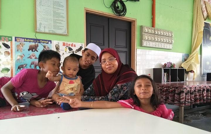Redha dengan anak