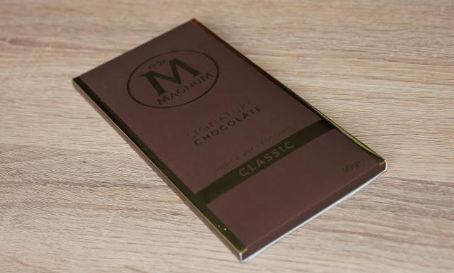 IMG 1807 - Snack Time! Magnum Signature Chocolate Classic