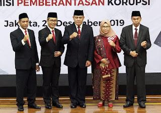 Di Tengah Wabah Korona Pimpinan KPK Minta Naik Gaji Rp 300 Juta