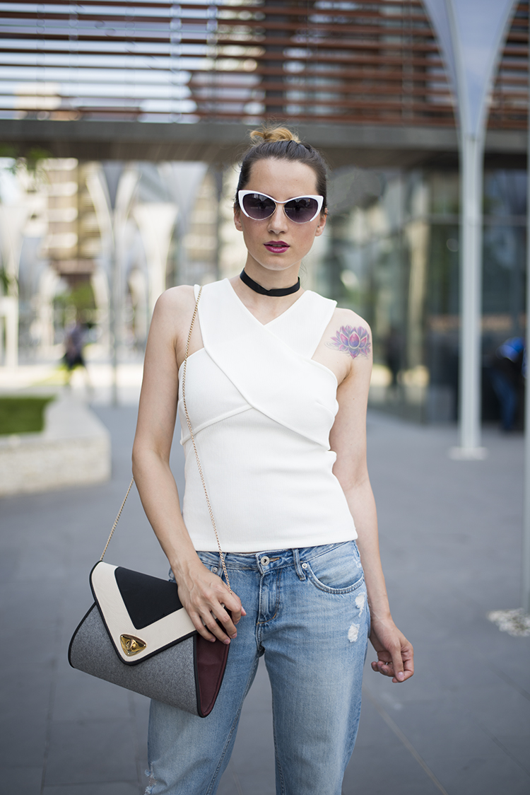 white wrap cut-out back top boyfriend jeans