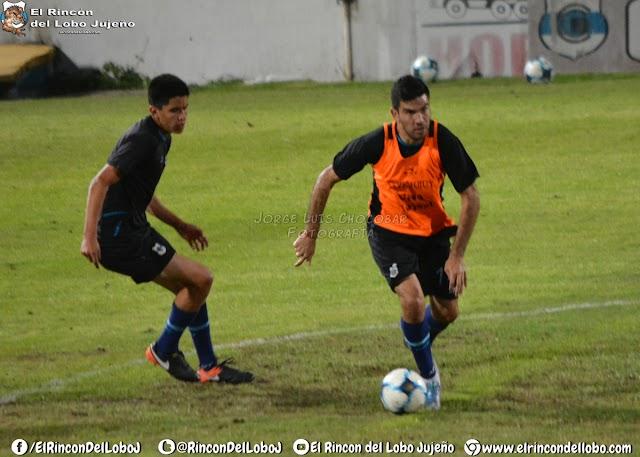 Práctica de Fútbol pensando en Estudiantes de San Luis