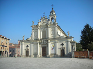 The church of Sant'Ambrogio, on Piazza Gramsci, is one of the main sights of the town of Cinisello-Balsamo