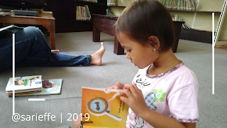 Mengenalkan anak dunia literasi